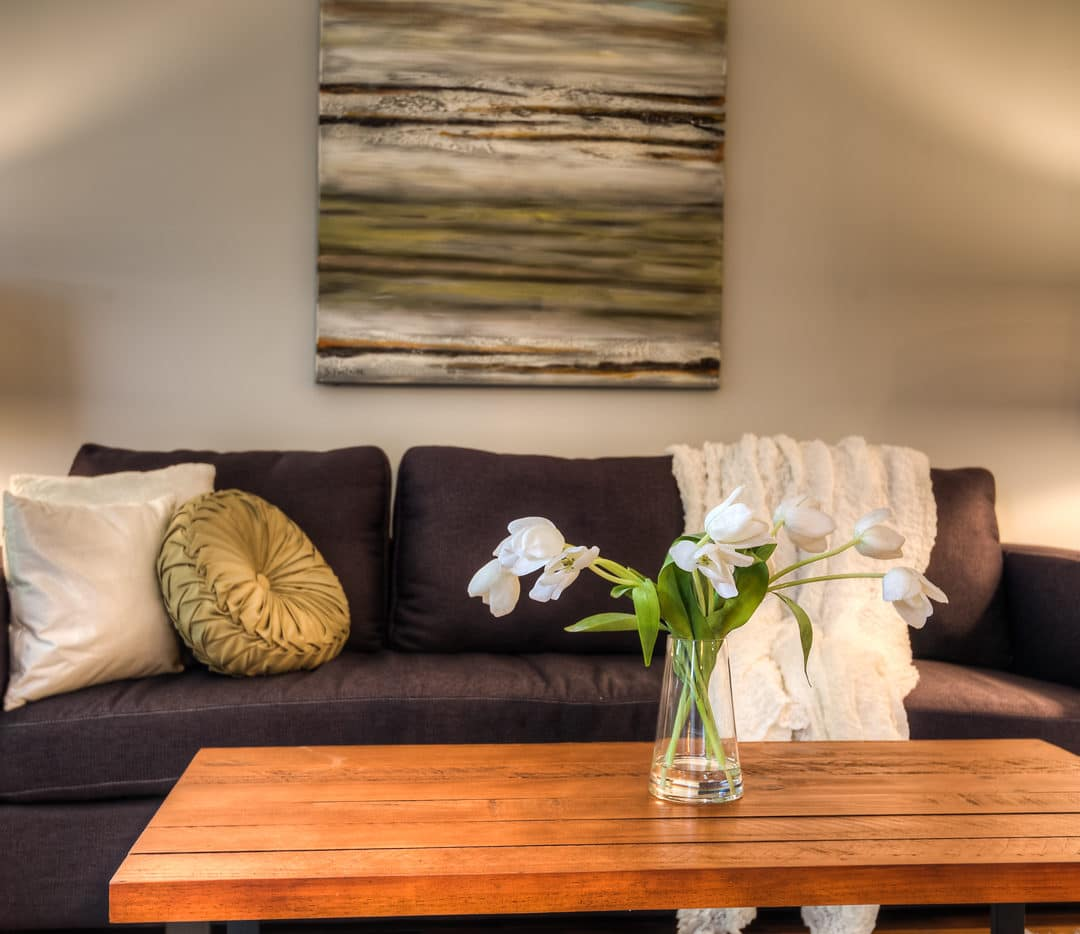 The Dos and Don'ts of Hiring a Home Stager