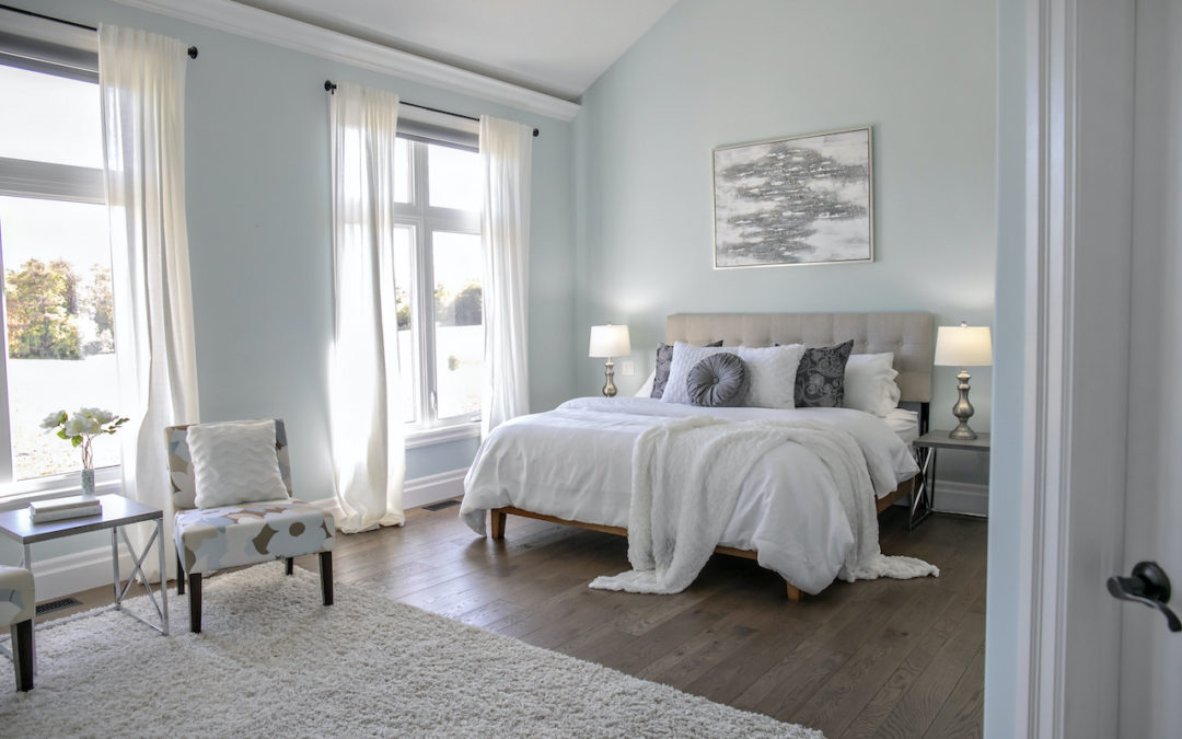 How to Become a Home Stager Without Breaking the Bank